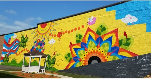2019 Leadership Algona Class project - Sunshine Park renovation & mural