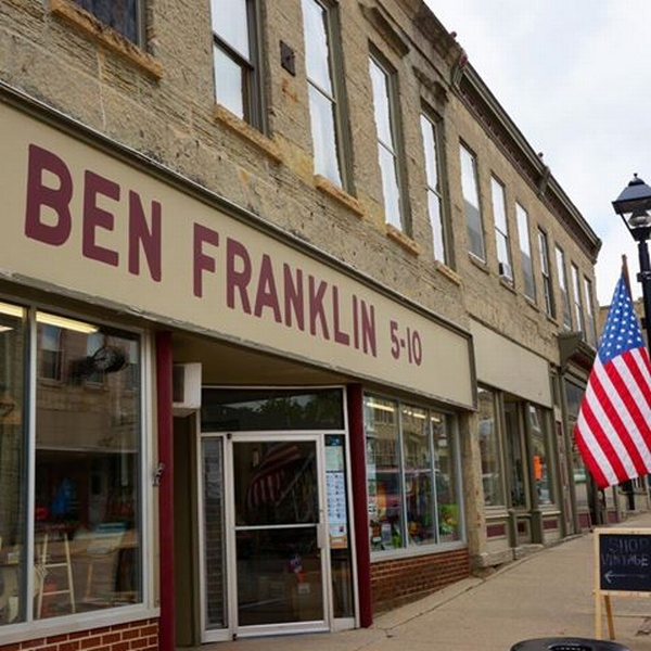 Mineral Point Ben Franklin Five and Ten