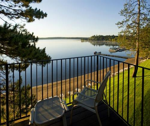 Sunrise Villa overlooking Gull Lake