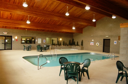Gallery Image Indoor%20Pool.JPG