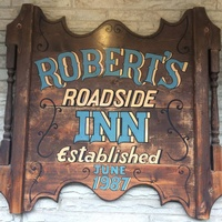 Robert's Roadside Inn