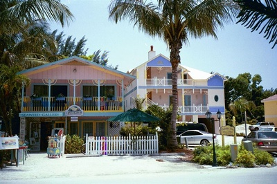 rentals gourmet shower property island beach cottage outdoor lanai near sanibel w kitchen ha