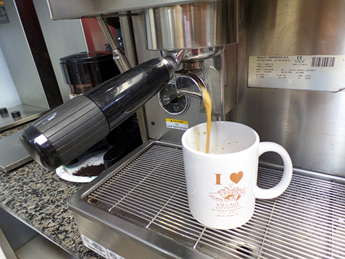 Coffee, espresso, lattes, hot & cold beans too in Mount Dora