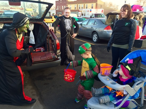Hank's Foods - Best Business Trunk Award at Chamber's Trunk or Treat  - 2016 - Photo by Erica Volkir