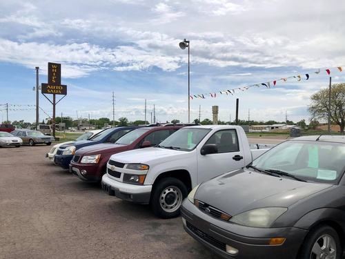 Whip's Auto Sales on North US Hwy 75