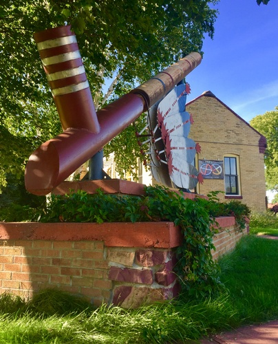 World's Largest Ceremonial Pipe & Historic Rock Island Depot (photo by Erica Volkir)