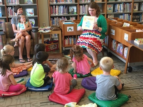 Children's Library Storytime (photo by Erica Volkir)