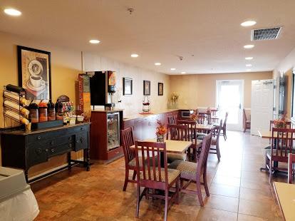 GrandStart Breakfast Area