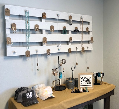 Accessory Wall (photo by Erica Volkir)