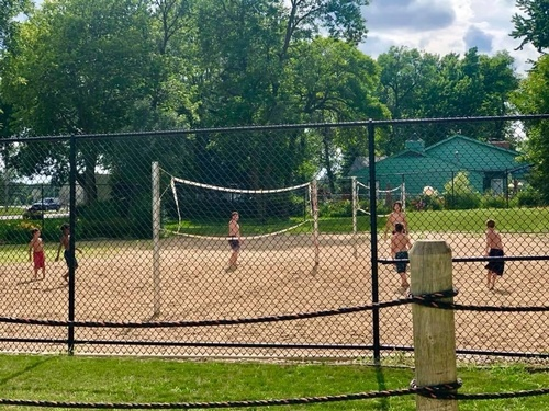 Sand Volleyball at Pipestone Family Aquatic Center (photo by Erica Volkir)
