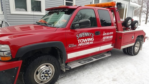 Swenny's Towing Tow Truck