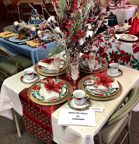 2018 Chamber Holiday Tour of Tables - 2nd Place Michelle Cheeseman State Farm Agency