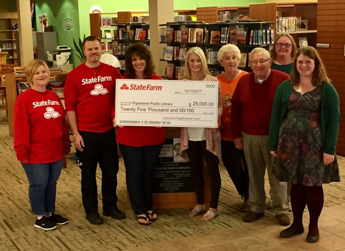 Michelle Cheeseman State Farm Agency Presents $25,000 to Meinders Community Library
