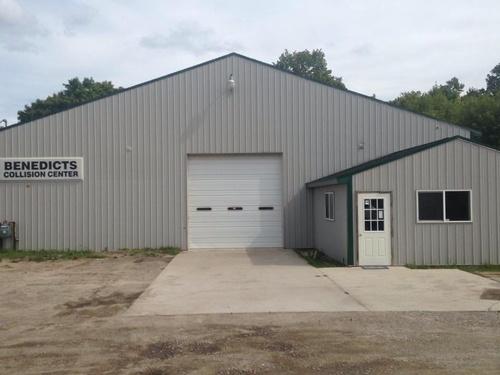 Benedict's Auto Center - Scottville