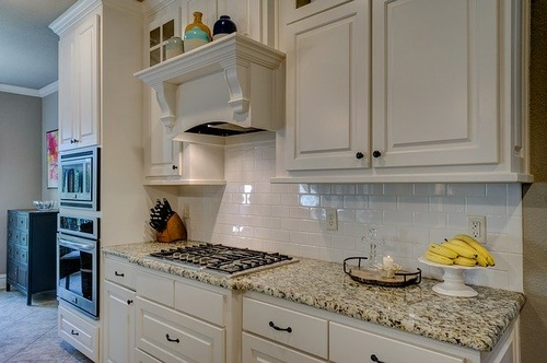 Gallery Image kitchen-1940176_640.jpg