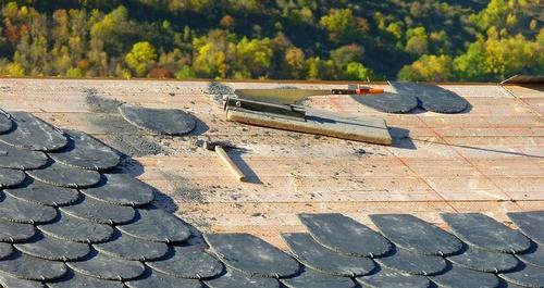 Gallery Image roofing-1808936_960_720.jpg