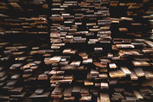 Gallery Image wood-690402_960_720.jpg