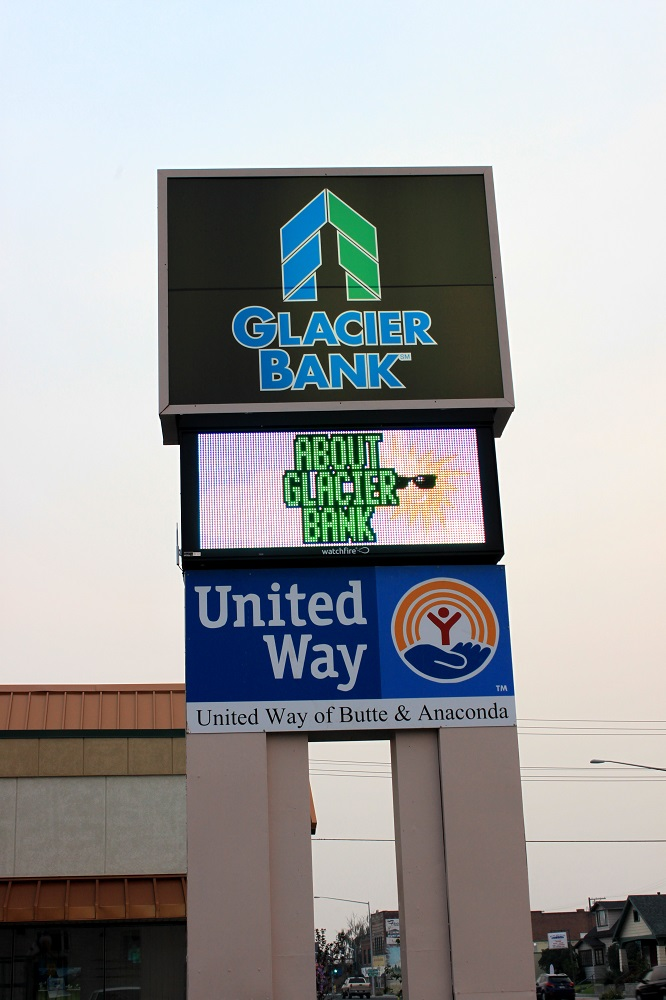 Gallery Image Glacier-Bank-LED-Reader-Board.jpg
