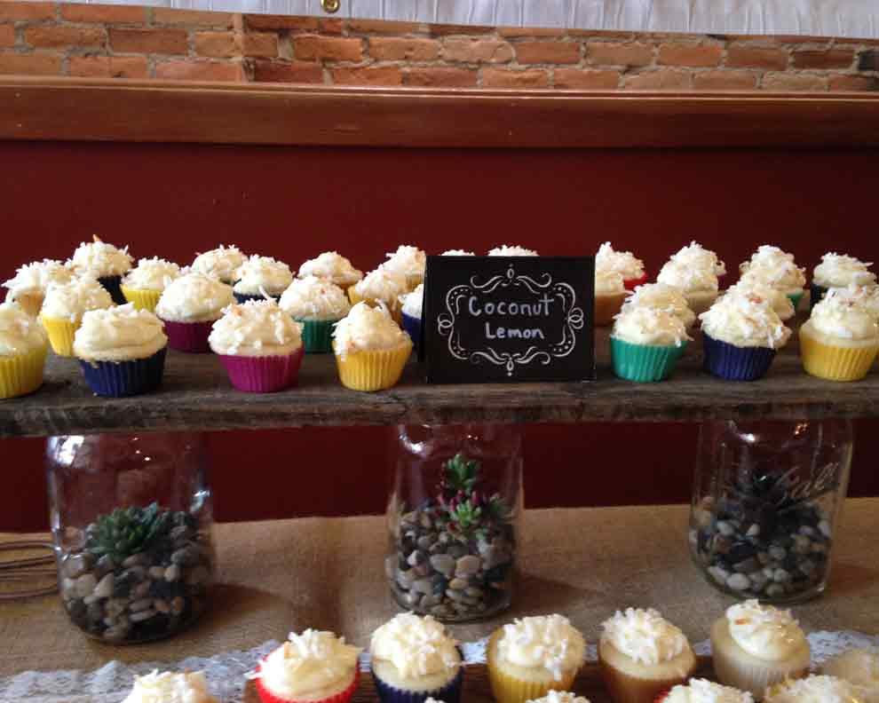 Gallery Image R-Coconut-Lemon-Cupcakes-1.jpg