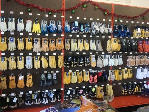 Gallery Image gloves.jpg