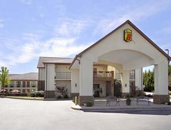 Gallery Image super-8-motel-----lavonia_0.jpg