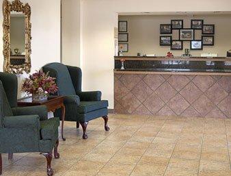 Gallery Image super-8-motel-----lavonia_1.jpg