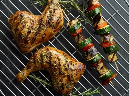 Gallery Image rosemary-garlic-rubbed-whole-plated-shot_Large%20Plated%20Image.jpg