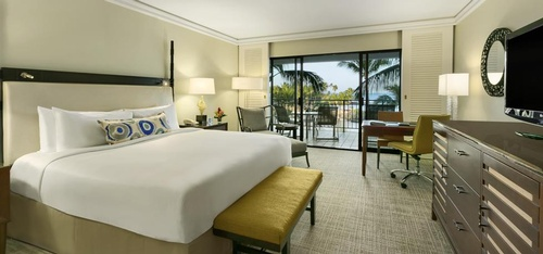 Gallery Image fairmont%20room.jpg