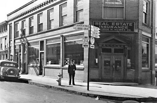 Larsen Flynn Building Circa 1943.