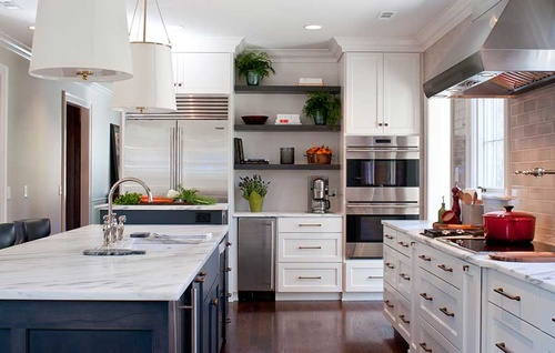 Gallery Image Crisp-White-Painted-Kitchen-Lighten-up-a-space-with-crisp-white-paint.jpg