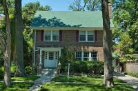 808 Greenleaf, Wilmette - Exclusively Listed by Beverly & Marshall Fleischman (847) 853-6316