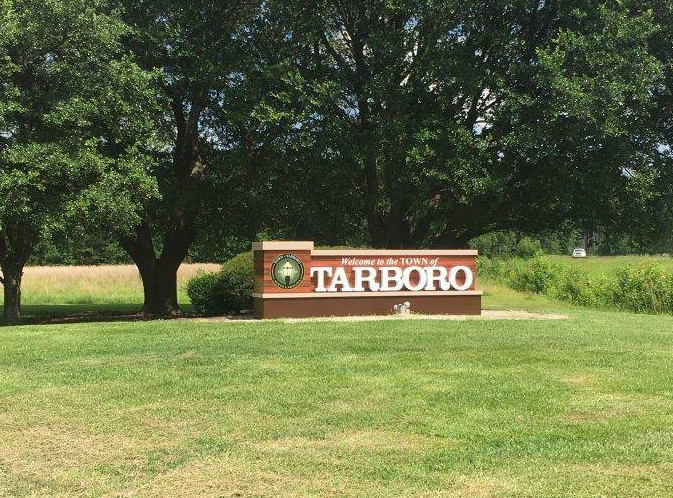 Town of Tarboro Entry Sign