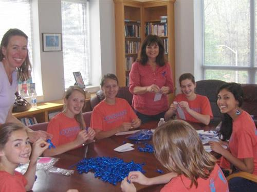 Covenant Day students lend a hand.