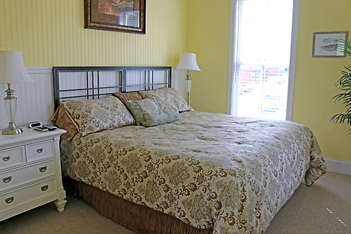 A luxurious, comfortable King Size Bed!