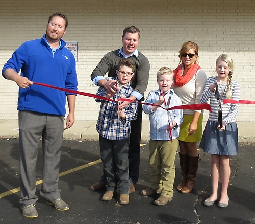 Gallery Image 010%20Servicemaster%20of%20Central%20IL%20ribbon%20cutting.jpg