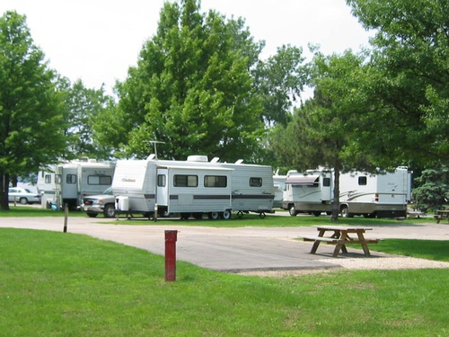 Gallery Image campground-pic-1.jpg