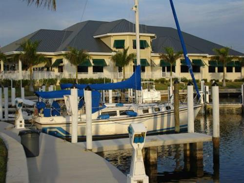 Gallery Image Isles-Sailboat--Clubhouse.jpg