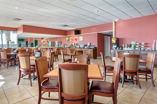 Gallery Image quality%20dining%20room.png