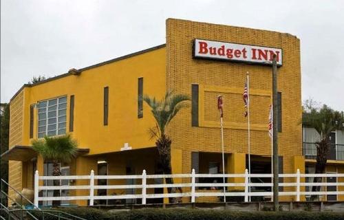 Gallery Image budget%20inn.jpg