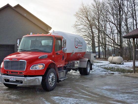 Gallery Image propane-truck.jpg