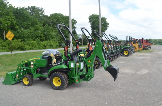 Gallery Image 18%20MBR%20Tractor2.jpg