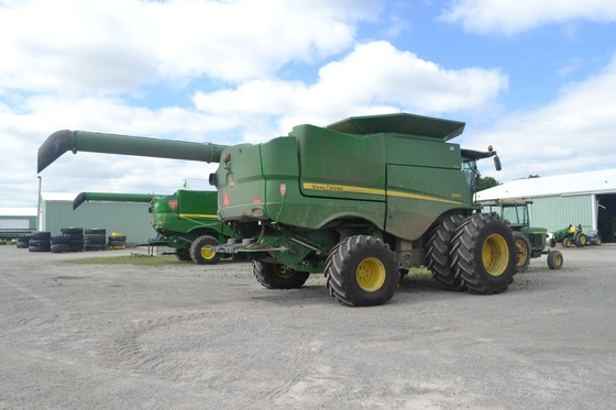 Gallery Image 18%20MBR%20Tractor8.JPG