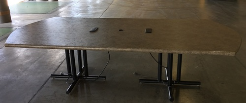 HOT DEAL - Table Giveaway