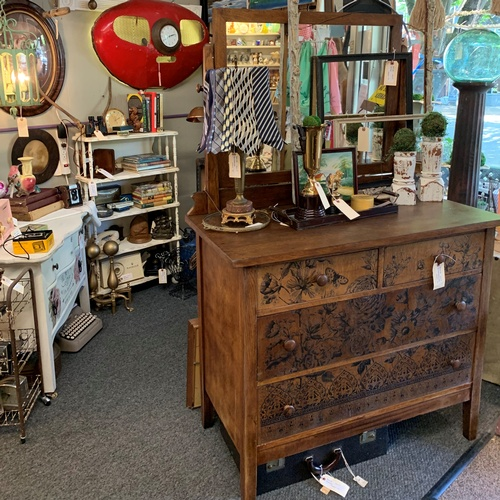 mcminnville antique gallery 2