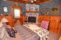 Gallery Image Grand_Pines_Cabin_1_18.jpg