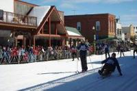 Gallery Image skiers%20downtown.jpg
