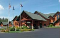 The Comfort Suites is perfectly located on Lake Hayward and close to area attractions