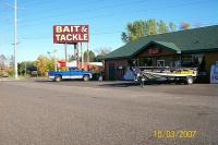 Gallery Image front%20view%20w%20sign%20and%20boat.jpg