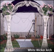 Gallery Image white-wicker.jpg