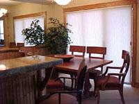 Gallery Image bb.din.condos.JPG